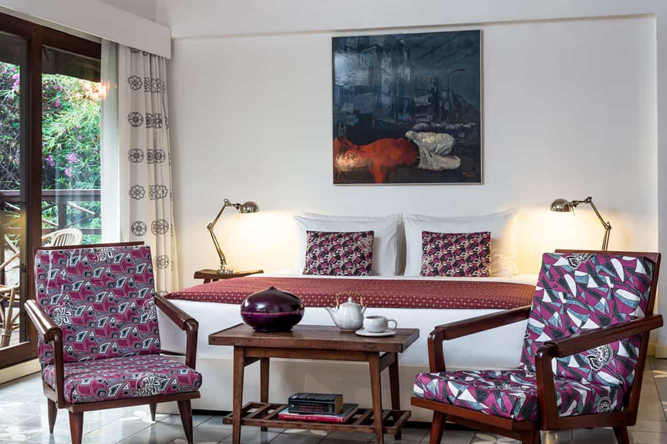 Chairs and Table of Purple Suite in Maison Polanka